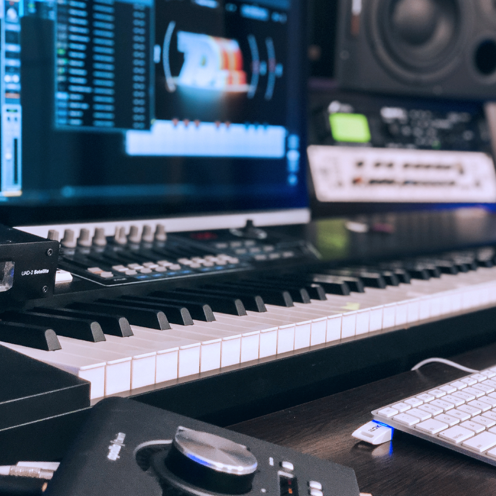 BeatBe Music | Podcast Recording | Mixing Mastering | Chicago